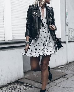 L'ABC de la tendance rock chic – Mitsou MagazineYou can find Rock chic and more on our website.L'ABC de la tendance rock chic – Mitsou Magazine Rock Outfits, Edgy Outfits, Fashion Outfits, Womens Fashion, Fashion Tips, Floral Dress Outfits, Diy Fashion, Fashion Ideas, Dresses