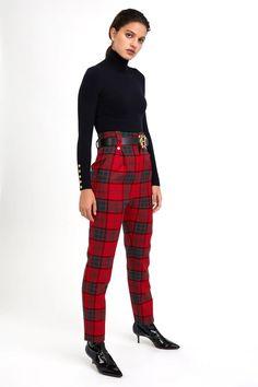 Peg Trousers, Checked Trousers, Super Skinny, Skinny Fit, Pantalon Tartan, Tweed Outfit, Curvy Hips, Black Turtleneck, Jodhpur