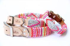 Manche en tissu vintage à enfiler sur un collier pour chien / Dog collar fitted with sleeve made from vintage Hmong textile