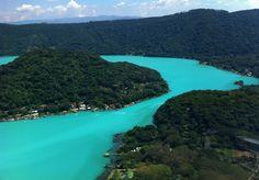 EL SALVADOR | El Lago de Coatepeque: crater lake with hot springs in some areas