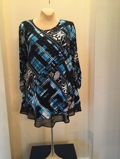 Ladies Top Style & Co. Size XL Turquoise N Black Suggested Retail $46.50