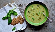 Scandinavian Multi-Seed Crispbread Recipe with A Fragrant Twist - food to glow Crispbread Recipe, Cooking Prime Rib, Restaurant Specials, Twisted Recipes, Fennel Seeds, Tray Bakes, Vegan Gluten Free, Vegan Recipes, Vegan Food