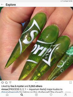 Acrylic Nail Shapes, Acrylic Nail Art, Nail Designs Spring, Cute Nail Designs, Cute Nails, Pretty Nails, Aquarium Nails, Nailart, Stiletto Nail Art