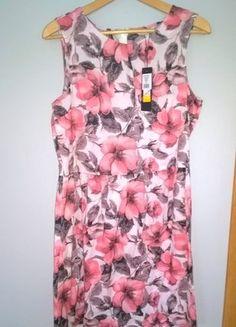 Kup mój przedmiot na #vintedpl http://www.vinted.pl/damska-odziez/krotkie-sukienki/16630665-letnia-sukieneczka-romantyczna-kwiaty-greenpoint-38-40-bez-rekawow-slodka