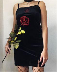 Choker necklace with black dress & oversized fishnet leggings by palomaxcordova - #fashion #grunge #alternative