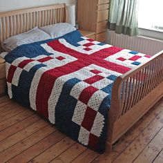 FO: my British granny square blanket  Really pleased with how it turned out. #crochet #blanket #FO #grannysquares.
