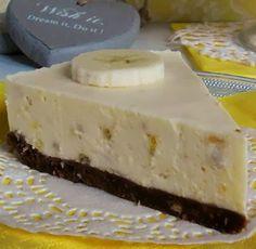 Cheesecake de plátano - Recetízate Dessert Cake Recipes, Pie Dessert, Banana Cheesecake, Cheesecake Recipes, Delicious Desserts, Yummy Food, Mini Cheesecakes, Love Food, Sweet Recipes
