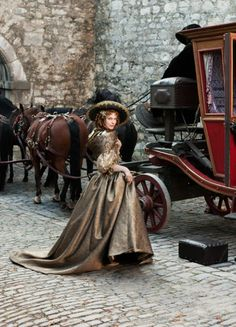 """fuckyeahcostumedramas: """"Milla Jovovich in 'The Three Musketeers' """" The Three Musketeers 2011, Milady De Winter, Musketeer Costume, Vintage Outfits, Vintage Fashion, Vintage Dress, Vintage Clothing, 17th Century Fashion, Maxi Robes"""