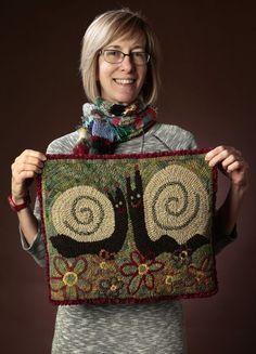 Made in St. Louis: Rug hooking creates art with animals, presidents Rug Hooking Designs, Rug Hooking Patterns, Hook Punch, Weaving Projects, Felt Projects, Felted Wool Crafts, Latch Hook Rugs, Hand Hooked Rugs, Textile Fiber Art