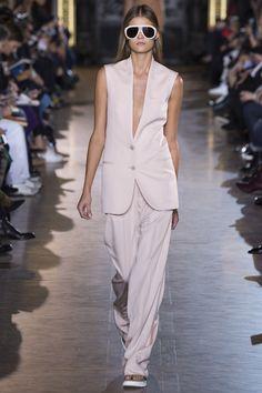 Wear to work  Stella McCartney- Style Advisor