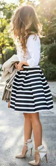 love the skirt                                                                                                                                                                                 Mais