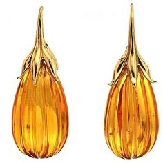 Preowned Amber Drop Earrings With Gold French Hook ($3,300) ❤ liked on Polyvore featuring jewelry, earrings, brown, yellow gold jewelry, drop earrings, amber jewellery, amber jewelry and brown earrings
