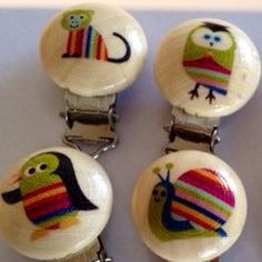 Cute animal printed wooden pacifier clip 3,5 cm diameter