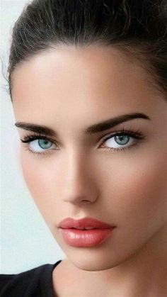 Most Beautiful Eyes, Stunning Eyes, Pretty Eyes, Cool Eyes, Girl Face, Woman Face, Belle Silhouette, Beautiful Blonde Girl, Brunette Beauty