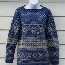 Epla er et nettsted for kjøp og salg av håndlagde og andre unike ting! Knitting Machine Patterns, Crochet Patterns, Free Crochet, Crochet Hats, Crochet Top Outfit, Yarn Inspiration, How To Purl Knit, Cotton Pads, Drops Design