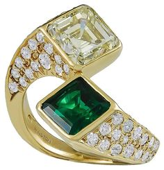Harry Winston Emerald Yellow Diamond Gold Toi et Moi Ring | From a unique…
