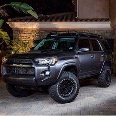 Black Toyota 4Runner TRD Pro