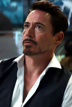 "Tony Stark (Robert Downey Jr.) in ""Captain America: Civil War"""