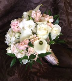 1000 images about cloud 9 wedding bouquets on pinterest cloud 9 orlando and wedding flowers. Black Bedroom Furniture Sets. Home Design Ideas