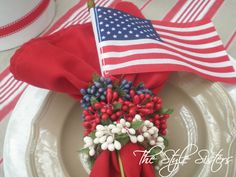 table centerpieces for 4th of july | The Style Sisters: 4th of July decorations