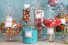 Frasco con dulces, encuentra todo lo que necesitas, para crear una original mesa de dulces, aquí...http://www.1001consejos.com/mesas-de-dulces/