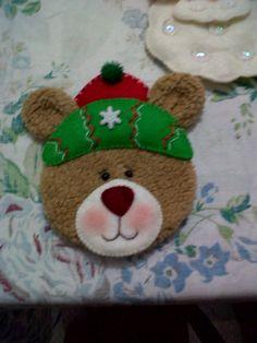 Felt Christmas, Christmas Crafts, Christmas Decorations, Xmas, Christmas Ornaments, Holiday Decor, Felt Patterns, Felt Ornaments, Creative Crafts