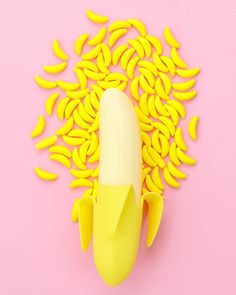 Banana Candies for parties & treats. Single servings to bulk bags! I Sweets & Treats Candy Sprinkles, Sugar Candy, Banana Party, Strawberry Shortcake Characters, Fruit Party, Ice Cream Party, Best Fruits, Banana Split, Summer Fruit