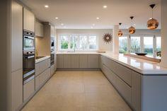 pf-destro-jaf-0055 Kitchen Room Design, Kitchen Family Rooms, Modern Kitchen Design, Living Room Kitchen, Home Decor Kitchen, Kitchen Interior, Home Kitchens, Modern Kitchens, Open Plan Kitchen Dining Living
