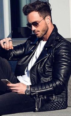 How to Buy a Leather Jacket + and everything you need to know about wearing one! Click through for tips on what to wear with, and how it should fit.
