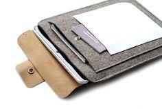 Hülle+für+das+iPad+Filz&Leder++von+Chiquita+Jo+♥+Handgemacht+und+Individualisierbar!+auf+DaWanda.com