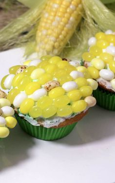 Give your runners a taste of sweet freedom with these deceptively delicious Maze Runner Cupcakes that look like corn on the cob! Nerf Party, Party Party, 13th Birthday Parties, 10th Birthday, Deceptively Delicious, Wicked Good, Graduation Celebration, Throw A Party, Party Entertainment