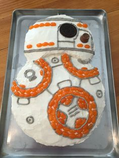 BB8 cake with jelly bellies, oreo, rolo, and gray piped icing.