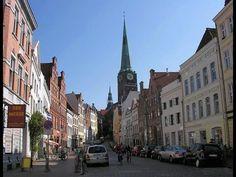 Cмотрим News video - Autovolk - Kiel aus dem Autofenster - Германия из окна авто