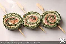 Lachsrolle mit Spinat, ein sehr leckeres Rezept aus der Kategorie Backen. Bewertungen: 237. Durchschnitt: Ø 4,6.