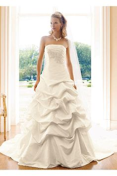 Taffeta Strapless Pick Up Wedding Dress with Lace OP9102