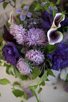 9月のレッスン 2週目は パープルのお花を集めてみました。 アスター マッシュラベンダーを使いたくて オーダーをかけていたけれど ...