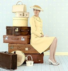 How to Pack the perfect suitcase....tips by the daily mail.