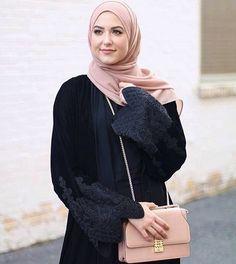 @withloveleena Modern Hijab Fashion, Abaya Fashion, Modest Fashion, New Hijab Style, Style Hijab Simple, Hijab Prom Dress, Hijab Outfit, Modest Outfits, Chic Outfits