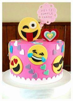 Creative Cake Decorating For A Kid's Birthday Creative Cake Decorating, Creative Cakes, Latest Cake Design, Fete Marie, Bolo Fake Eva, Emoji Cake, 13 Birthday Cake, Beautiful Birthday Cakes, Novelty Cakes