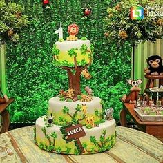 Jungle Theme Baby Shower Ideas For Boys Party Planning 45 New Ideas Safari Birthday Cakes, Jungle Theme Cakes, Baby Boy Birthday Cake, Jungle Theme Birthday, Safari Cakes, 1st Birthday Party Invitations, Baby Boy Cakes, Birthday Parties, First Birthday Decorations Boy