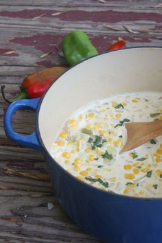 "Hatch Chile Corn Chowder - Hatch Chile Corn Chowder www.restlesschipo… ""Hatch Chile Corn Chowder www.restlesschipo… You - Easy Corn Chowder, Chowder Soup, Chowder Recipes, Soup Recipes, Recipies, Dinner Recipes, Green Chili Recipes, Mexican Food Recipes, Poblano Recipes"
