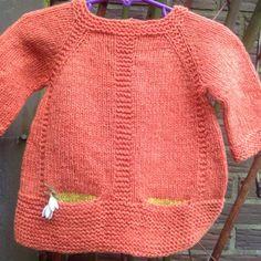 Udienfart – Ellen Larsen Design Baby Sweater Knitting Pattern, Sweater Knitting Patterns, Knitting Designs, Crochet Hats For Boys, Knitting For Kids, Baby Knitting, Baby Blanket Crochet, Crochet Baby, Toddler Sweater