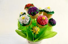 Flower Garden Cupcakes ~ try these springtime treats for Easter and impress your guests!