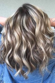 Most Popular Hairstyles for Medium Length Hair ★ See more: http://lovehairstyles.com/popular-hairstyles-for-medium-length-hair/