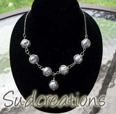 'Wire Wrapped Pearl Necklace' is going up for auction at  7pm Fri, Aug 31 with a starting bid of $8.