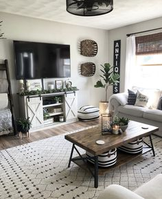 How many of you have experienced buyers remorse? And by buyers remorse, I mean regret NOT buying something? 😂🙋🏻♀️🙋🏻♀️ I'm feeling it… Living Room Themes, Living Room Grey, Home Living Room, Apartment Living, Living Room Designs, Living Room Inspiration, House Rooms, Home Remodeling, Family Room