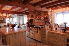 Christmas Kitchen - 1 - Cherry Menlove