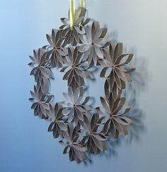 Upcycle Us: Upcycling..... toilet paper rolls - while glueing, hold together with clothes pins.