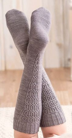 Ravelry: Fitzcarraldo Knee Sock pattern by Kate Atherley Loom Knitting, Knitting Socks, Hand Knitting, Knitting Patterns, Crochet Patterns, Knit Socks, Sexy Socks, Socks And Heels, Heel Boots