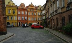 Warsaw, Poland.  Resilient and beautiful even after having to rebuild their city and lives Warsaw Old Town, Warsaw Poland, Visit Poland, Best Travel Deals, Travel Tips, Things To Do, Things To Make, Travel Advice